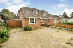 3 Bedrooms Semi Detached House for sale in Church Road, New Romney, Kent, .