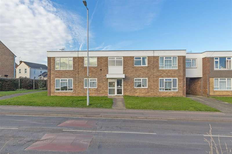 1 Bedroom Flat for sale in Glebe Lane, Sittingbourne