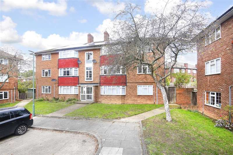 2 Bedrooms Ground Flat for sale in Merino Place, Sidcup, Kent, DA15 9NH