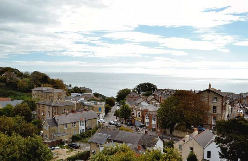 5 Bedrooms End Of Terrace House for sale in St. Boniface Road, Ventnor