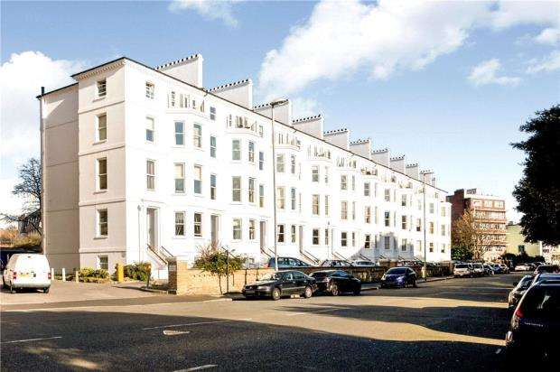 2 Bedrooms Apartment Flat for sale in Southsea Terrace, Southsea