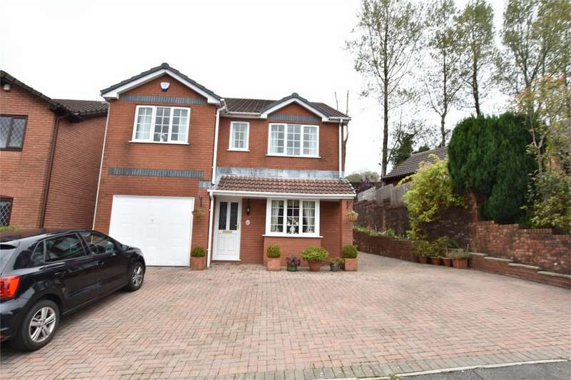4 Bedrooms Detached House for sale in Birchwood Close, Blackwood, Caerphilly