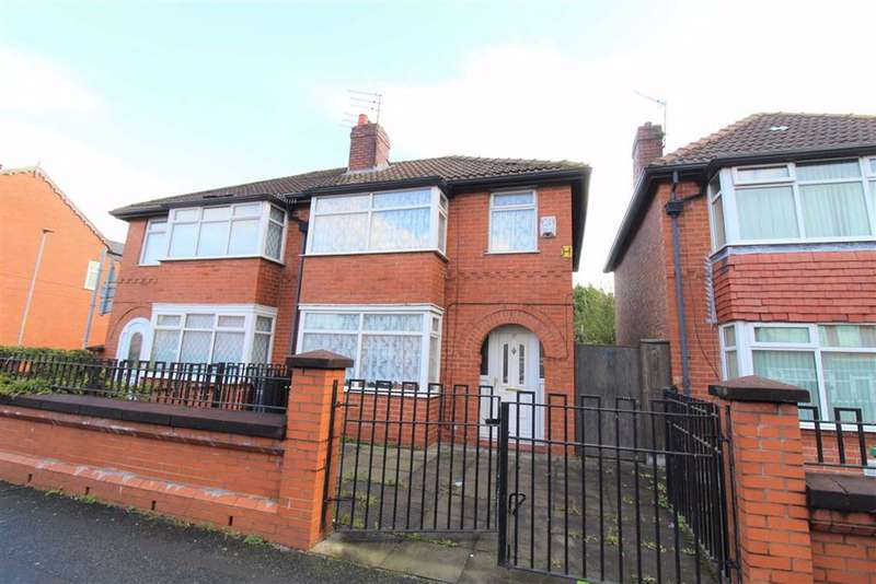 3 Bedrooms Semi Detached House for sale in Northmoor Road, Manchester