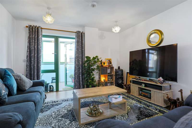 2 Bedrooms Apartment Flat for sale in Bellvue Court Staines Road Hounslow TW3
