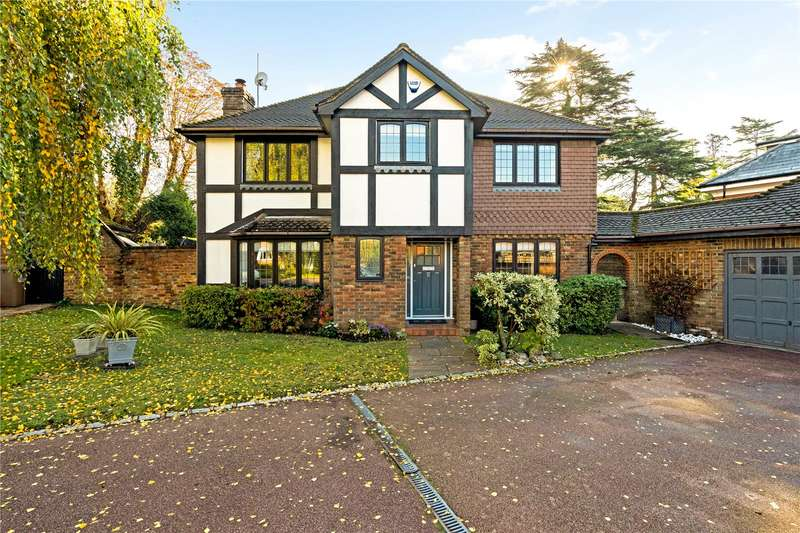 4 Bedrooms Detached House for sale in Park Hall Road, Reigate, Surrey, RH2