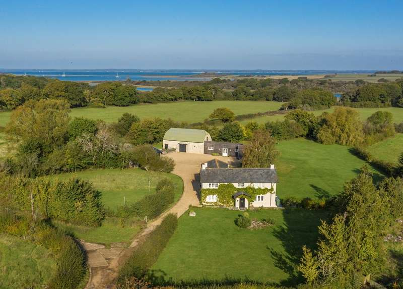3 Bedrooms Detached House for sale in Newtown, Isle Of Wight
