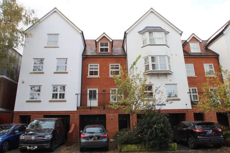 4 Bedrooms Town House for sale in NEWGATE TERRACE, COLCHESTER