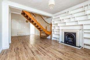 3 Bedrooms End Of Terrace House for sale in Beech Street, Tunbridge Wells, Kent, .