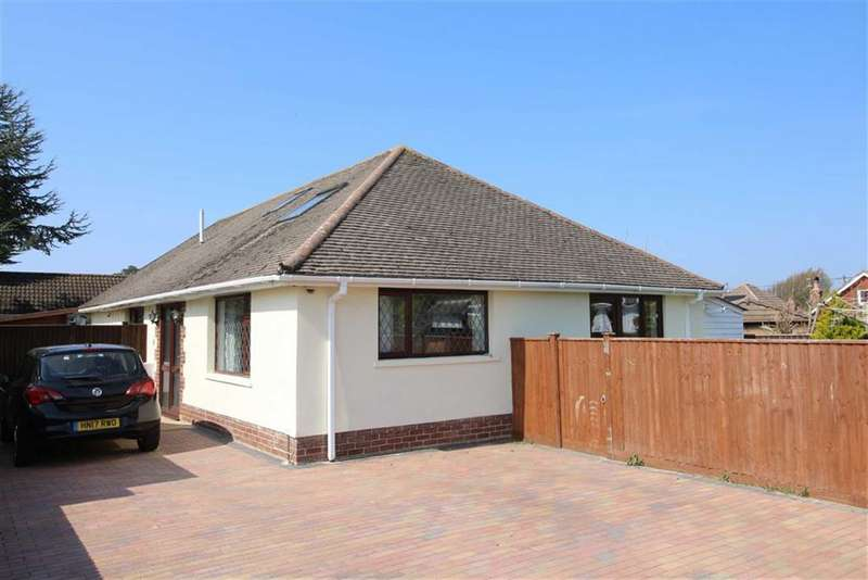 4 Bedrooms Detached Bungalow for sale in Heathwood Avenue, Barton on Sea, Hampshire