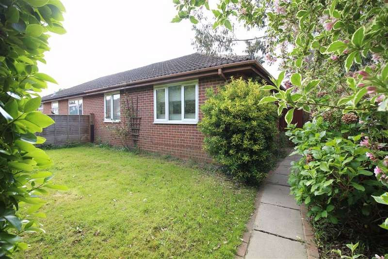 2 Bedrooms Bungalow for sale in Gore Road, New Milton, Hampshire