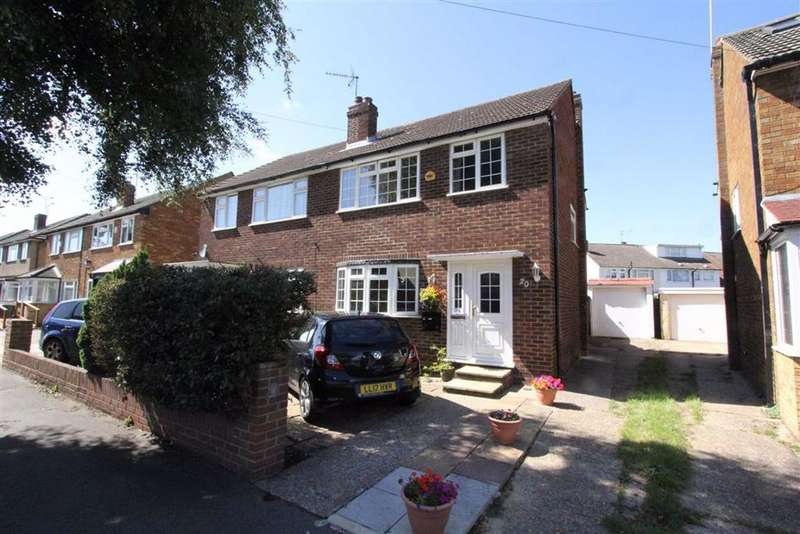 3 Bedrooms Semi Detached House for sale in Waltham Cross