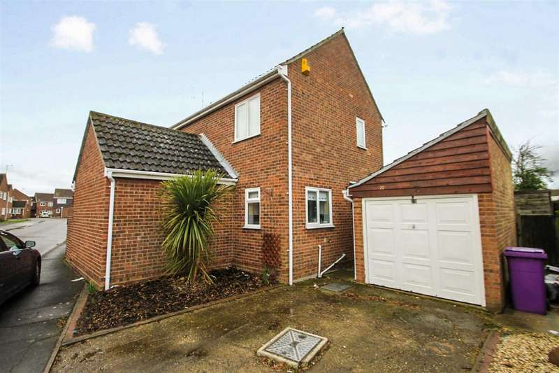 4 Bedrooms Detached House for sale in Westridge Way, Great Clacton