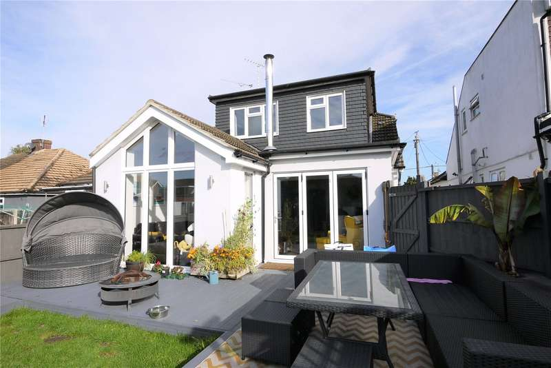 4 Bedrooms Semi Detached House for sale in Byron Road, Hutton, Brentwood, CM13