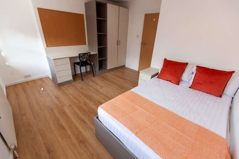 5 Bedrooms House for rent in Mount Pleasant, Liverpool,