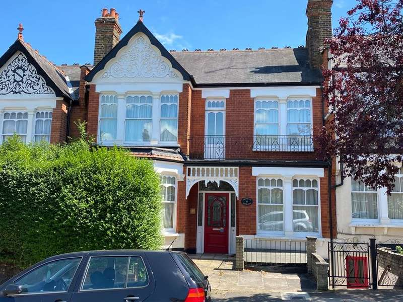4 Bedrooms Terraced House for sale in Donovan Avenue, London