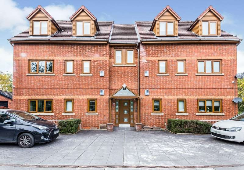 2 Bedrooms Flat for sale in Folly Lane, Manchester, Greater Manchester, M27