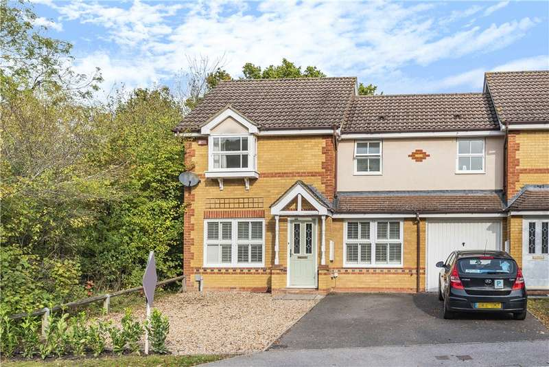 3 Bedrooms Semi Detached House for sale in Silvester Way, Church Crookham, Fleet, GU52