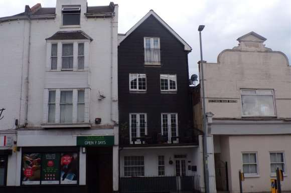 2 Bedrooms Flat for sale in Victoria Road South, Southsea, Portsmouth, PO5