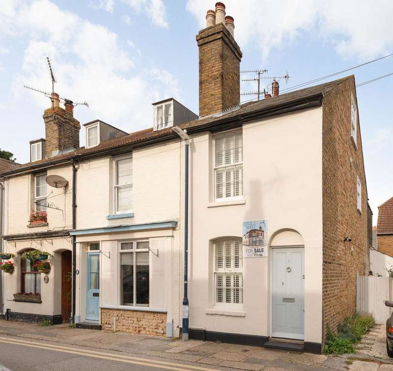 3 Bedrooms End Of Terrace House for sale in Woodlawn Street, Whitstable, CT5