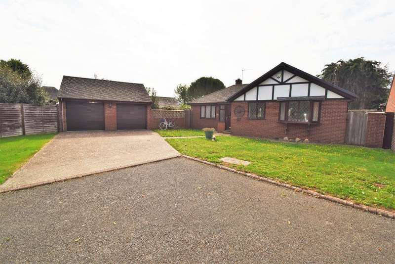 3 Bedrooms Detached Bungalow for sale in Nightingale Close, Bembridge, Isle of Wight, PO35 5YP