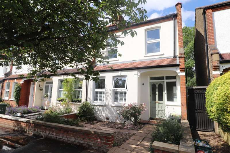 4 Bedrooms End Of Terrace House for sale in Durban Road, Beckenham, BR3