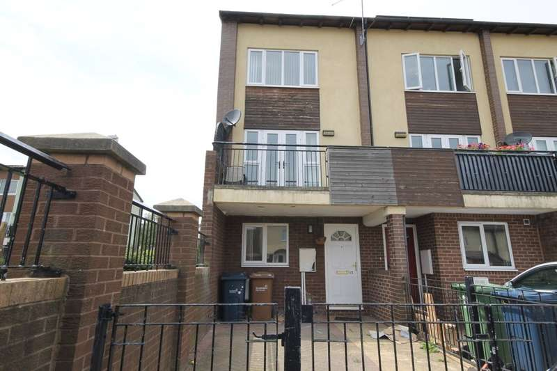 4 Bedrooms Property for rent in Fellside Court, Washington, NE37