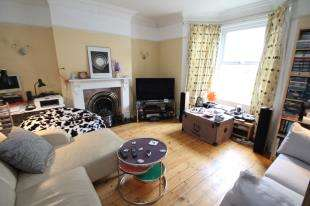 4 Bedrooms Semi Detached House for sale in Warrington Road, Croydon, Surrey, .