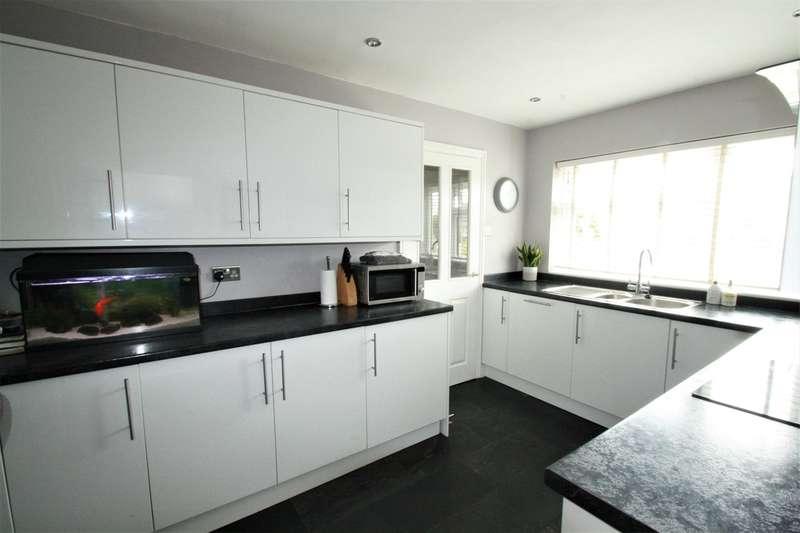 4 Bedrooms Detached House for sale in Keymer Close, Biggin Hill, Westerham, TN16