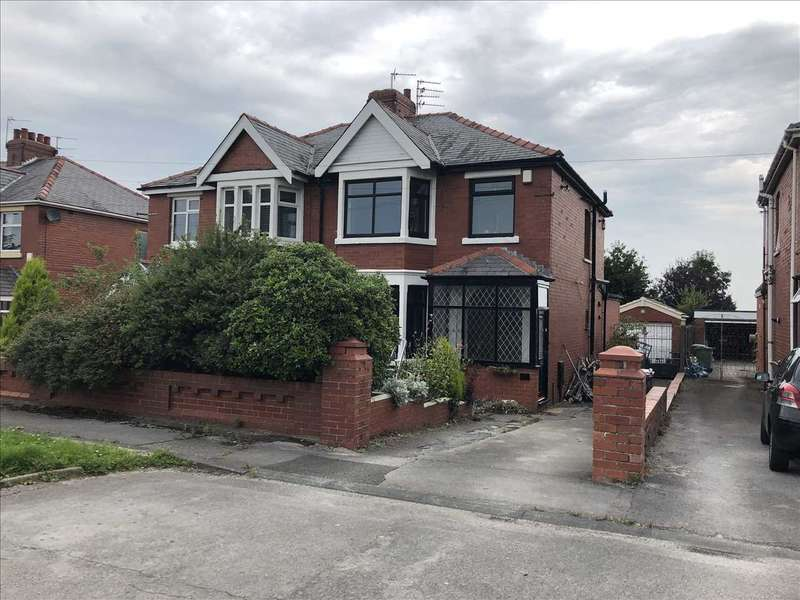 3 Bedrooms Semi Detached House for sale in Peel Hill, Blackpool
