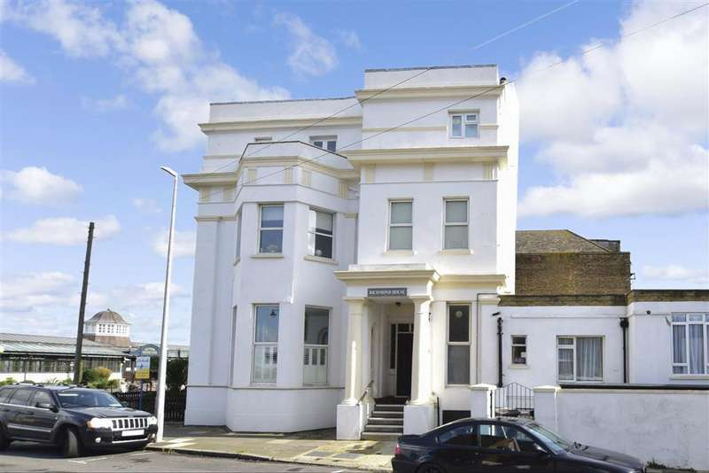 3 Bedrooms Flat for sale in Richmond Street, , Herne Bay, Kent