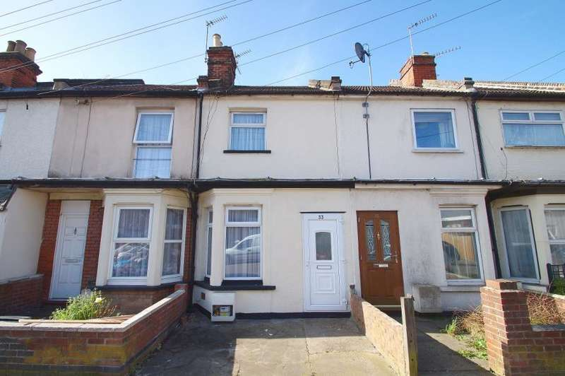 2 Bedrooms Terraced House for rent in Cambridge Road, Clacton on Sea