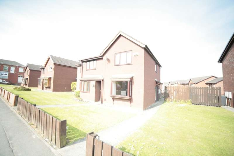 2 Bedrooms Town House for rent in Oldham Road, , Royton, OL2 5AN