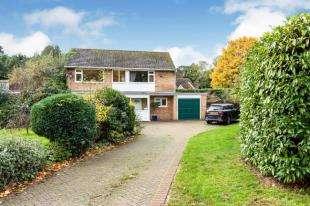 4 Bedrooms Detached House for sale in Theobalds, Hawkhurst, Cranbrook, Kent