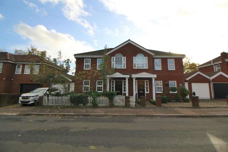 4 Bedrooms Semi Detached House for sale in Brookfield Lane West, Cheshunt, Waltham Cross