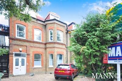 4 Bedrooms Maisonette Flat for rent in Newlands Park, Sydenham, SE26 **ZERO DEPOSIT AVAILABLE**