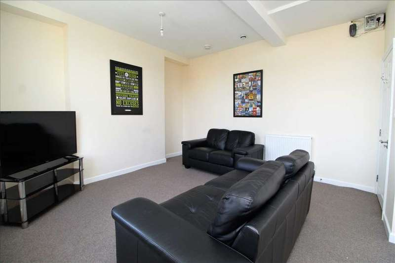5 Bedrooms Maisonette Flat for rent in The Archer, Apartment B, 11 Archer Terrace, Plymouth