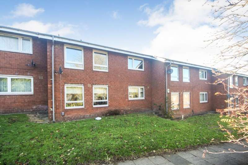 2 Bedrooms Flat for rent in Chopwell Gardens, Gateshead, NE9