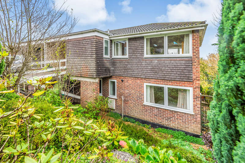 4 Bedrooms Semi Detached House for sale in Chalk Ridge, Winchester