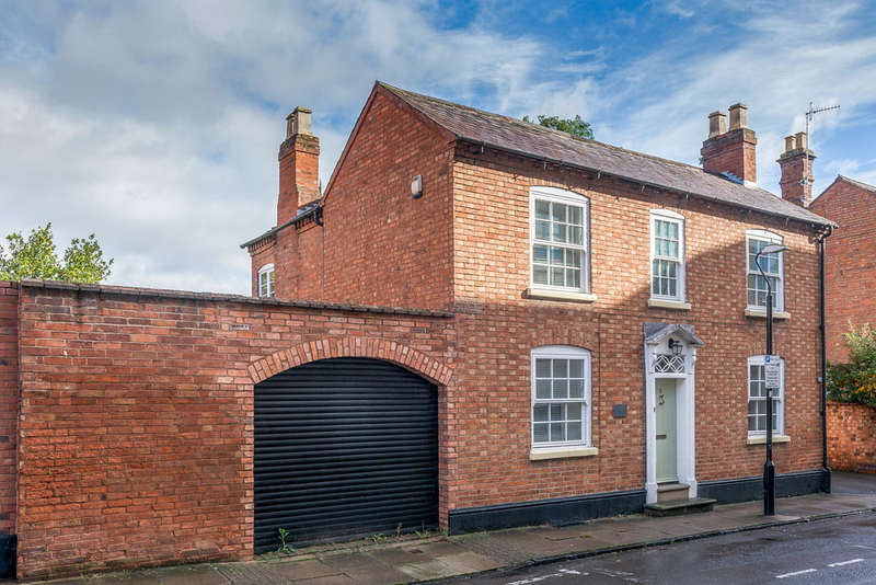 3 Bedrooms Cottage House for sale in Payton Street, Stratford-upon-Avon