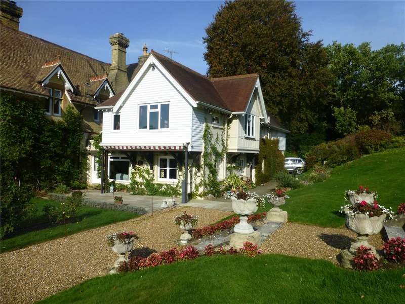 5 Bedrooms House for sale in Sandy Lane, Betchworth, Surrey, RH3