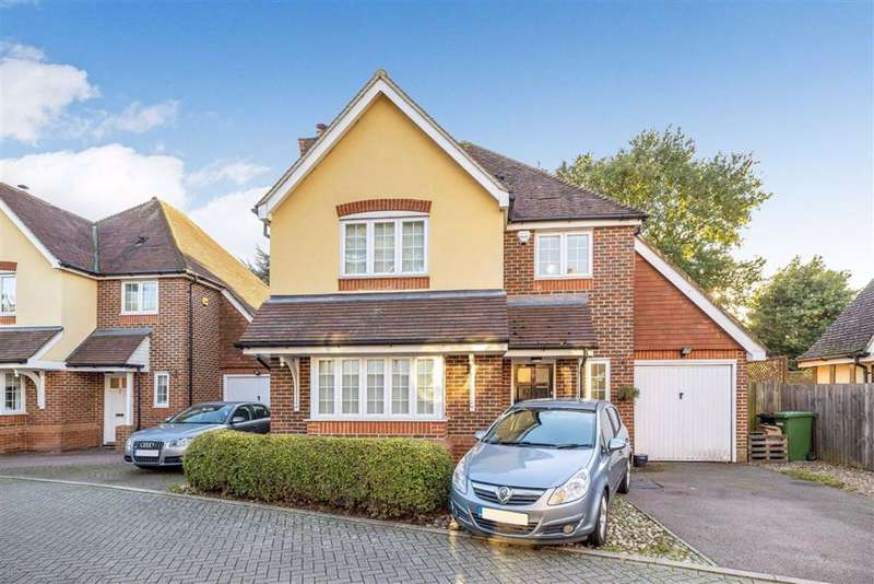 3 Bedrooms Detached House for sale in Appleby Close, Petts Wood, Kent