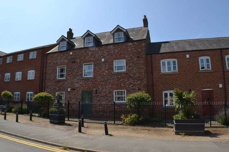 2 Bedrooms Property for rent in Hinckley Road, Burbage