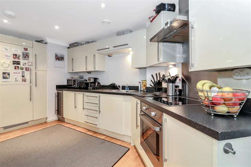 2 Bedrooms Apartment Flat for rent in Wharf Way, Hunton Bridge