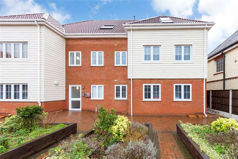 2 Bedrooms Apartment Flat for sale in Ashton Court, High Road, Laindon, Essex, SS15