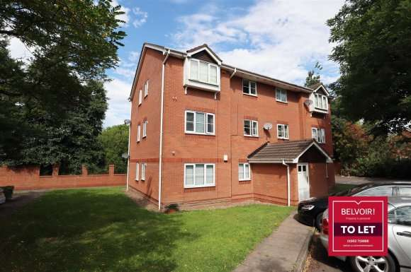 2 Bedrooms Flat for rent in Weston Drive, Bilston
