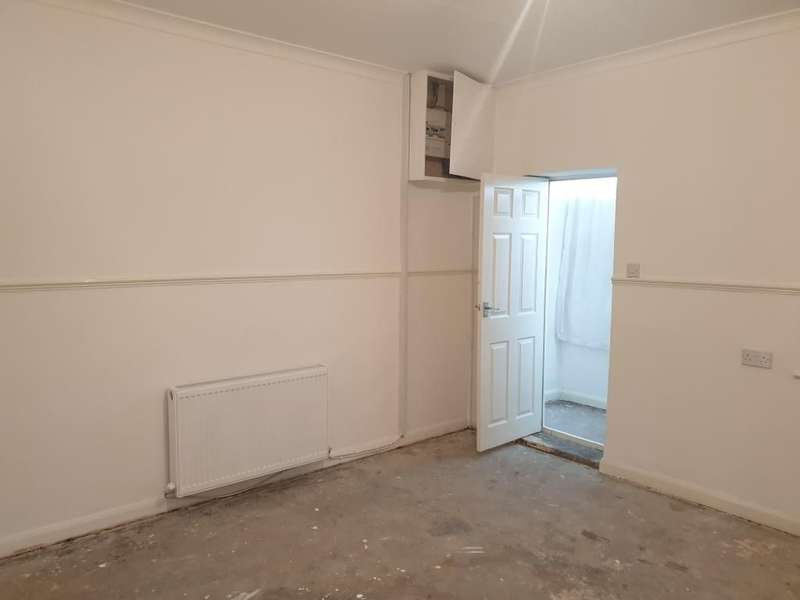 2 Bedrooms Terraced House for rent in Edward Street, Hetton Le Hole, Houghton Le Spring