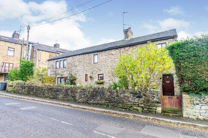 4 Bedrooms Detached House for sale in Causeway, Foulridge, Colne, Lancashire, BB8