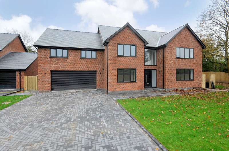 6 Bedrooms Detached House for sale in Hob Hey Lane, Culcheth, Warrington, WA3