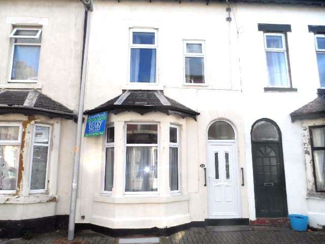 5 Bedrooms Terraced House for rent in Garden Terrace, BLACKPOOL, FY4 2AD