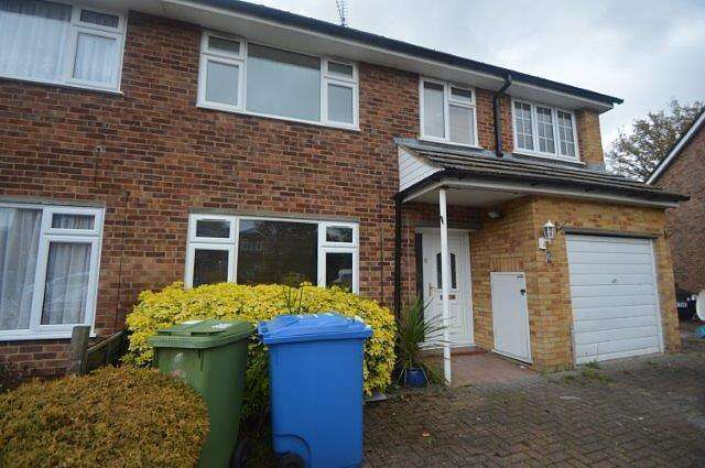 4 Bedrooms House for rent in 4 bedroom Semi-Detached House in Farnborough